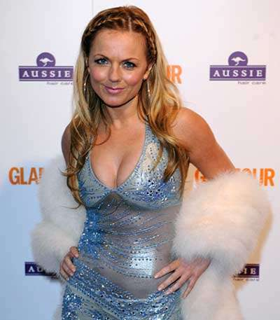 Geri Halliwell presumed her hairstylist to be gay and welcomed him in just her bra and pants only to get embarrassed when she realised he 'loved ladies'.
