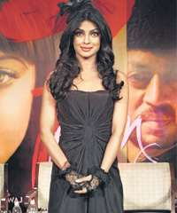 Shahid Kapur was at my apartment, admits Priyanka Chopra