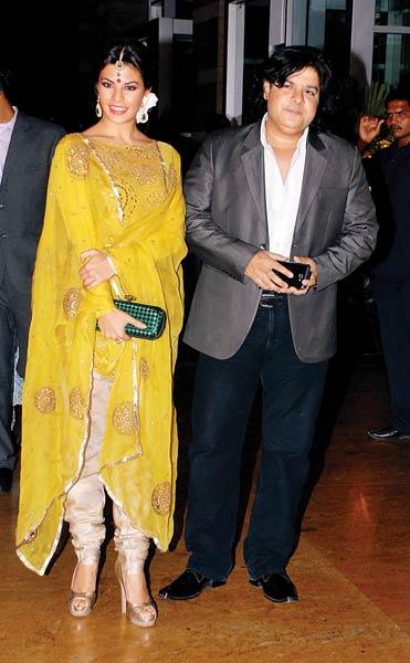 Pix: Bollywood stars dazzle at Riteish-Genelia's reception