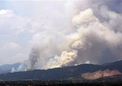 Colorado fire near Pikes Peak forces 11000 from homes - World - DNA