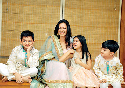 Maria Goretti with kids Zeke Zidaan and Zene Zoe and designer 