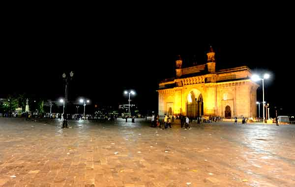 Deserted looks Gateway of India on Saturday