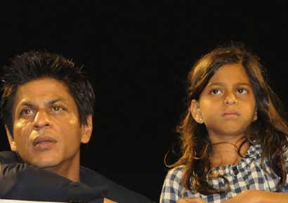 SRK and with daughter Suhana
