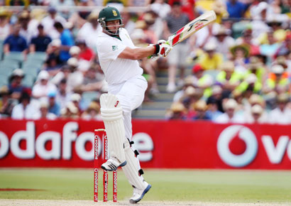 South Africa`s Jacques Kallis hits a boundary off Australia`s Peter Siddle during the third day of the second Test at the Adelaide cricket ground on Saturday.