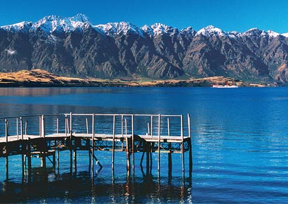 A view of Lake Wakatipu near Queenstown