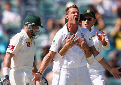 Dale Steyn of South Africa celebrates dismissing Michael Hussey of Australia during day four of the Third Test Match between Australia and South Africa at WACA