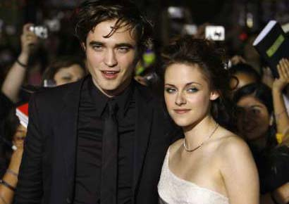 Robert Pattinson with Kristen Stewart
