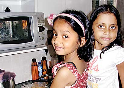 Little chefs at Shreshta's (in red apron) cooking-themed birthday party