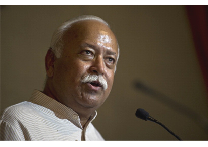 RSS chief Mohan Bhagwat addresses a press conference at Foreign Correspondents Club (FCC) in New Delhi on August 9, 2012.