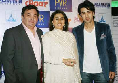 Ranbir Kapoor with mom Neetu Singh and dad Rishi