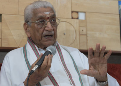Vishwa Hindu Parishad president Ashok Singhal addresses a press conference.