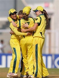 Australian team rejoices as they win the match against Sri Lanka
