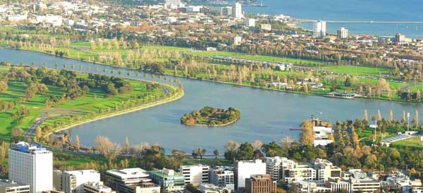 The Melbourne Grand Prix Circuit, a street circuit around the Albert Park Lake. The length of the circuit is 5.303 km. Michael Schumacher, Ferrari, 2004 holds the lap record at 1:24.125. 