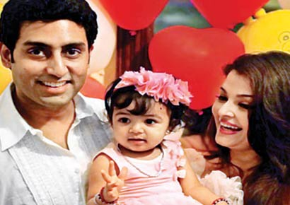 Abhishek Bachchan, Aaradhya Bachchan and Aishwarya Rai Bachchan