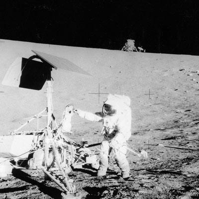 Moon landings: 1959-2009 - Embedded code - New Scientist