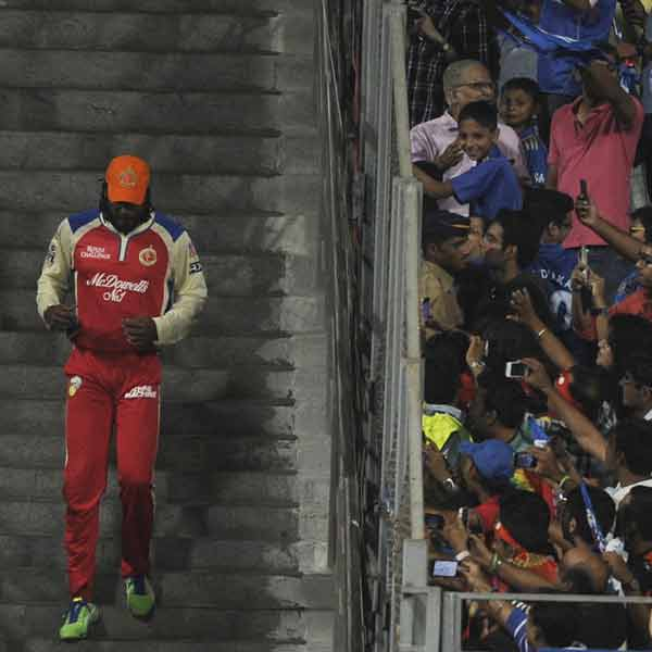 Pix: Fans cheer as RCB clash with Mumbai Indians