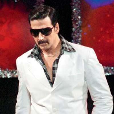 Akshay Kumar to promote Once Upon A Time in Mumbaai Dobara at Indo ...