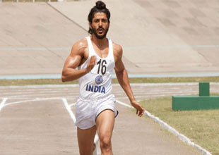 Farhan Akhtar looks the part in trailer of Bhaag Milkha Bhaag