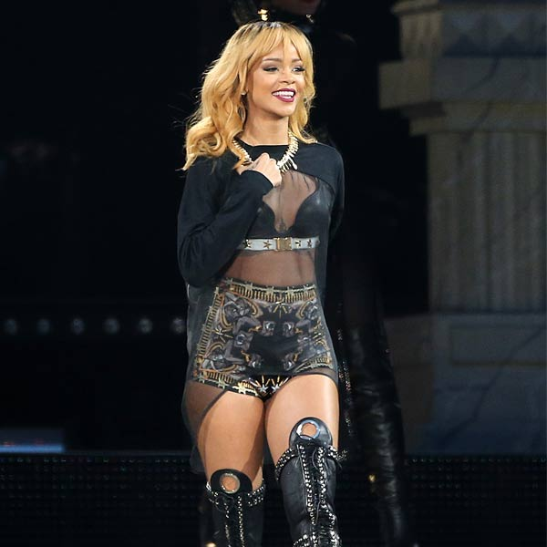 Move over Justin Bieber, Rihanna is YouTube's most viewed artist now