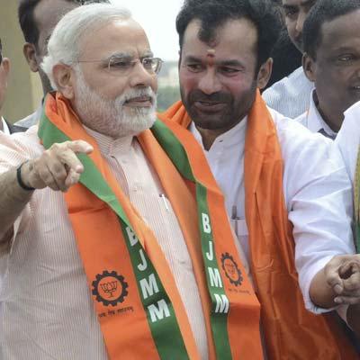 BJP leaders from Andhra Pradesh welcome Gujarat Chief Minister Narender Modi in Hyderabad.