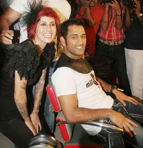 What inspired MS Dhoni's mohawk hairstyle?