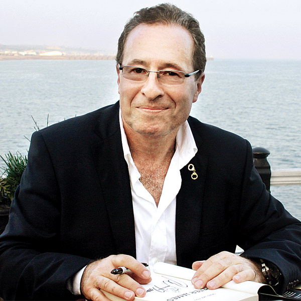Peter James. Image from http://www.dnaindia.com/lifestyle/report-if-shakespeare-were-alive-he-would-be-a-crime-fiction-writer-peter-james-1920326