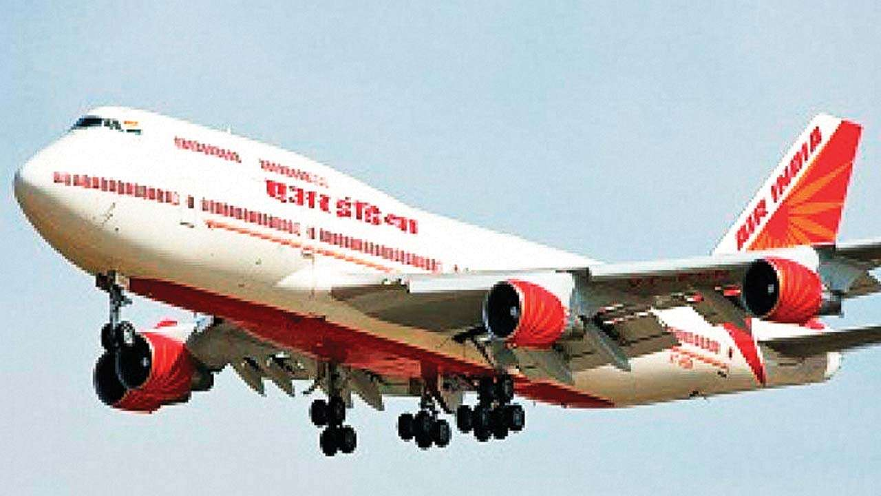 Air India pilot averts massive disaster, saves 370 lives by manually landing aircraft in US
