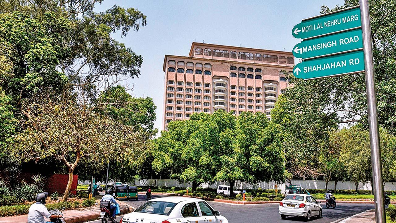Tata Group's hotel unit to retain Delhi's Taj Mansingh Hotel
