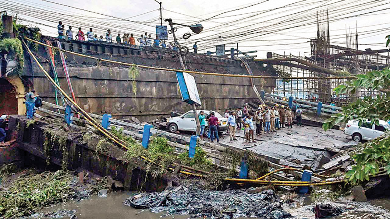 38 days after Kolkata bridge collapse, govt opens new route for vehicles