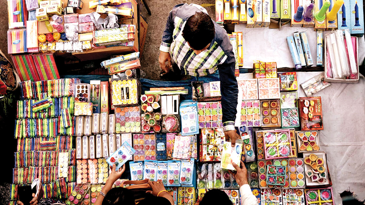 Can not sell existing crackers in Delhi-NCR: Supreme Court