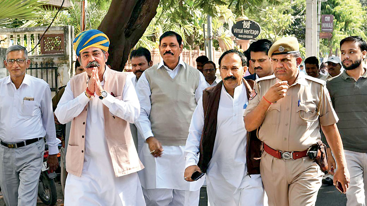 Lone NPP MLA Navin Pilania joins BSP, to contest from Amber