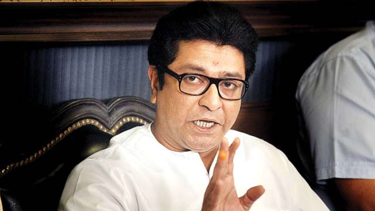 MNS chief Raj Thackeray invites Rahul Gandhi, LK Advani to son's wedding; leaves out PM Modi