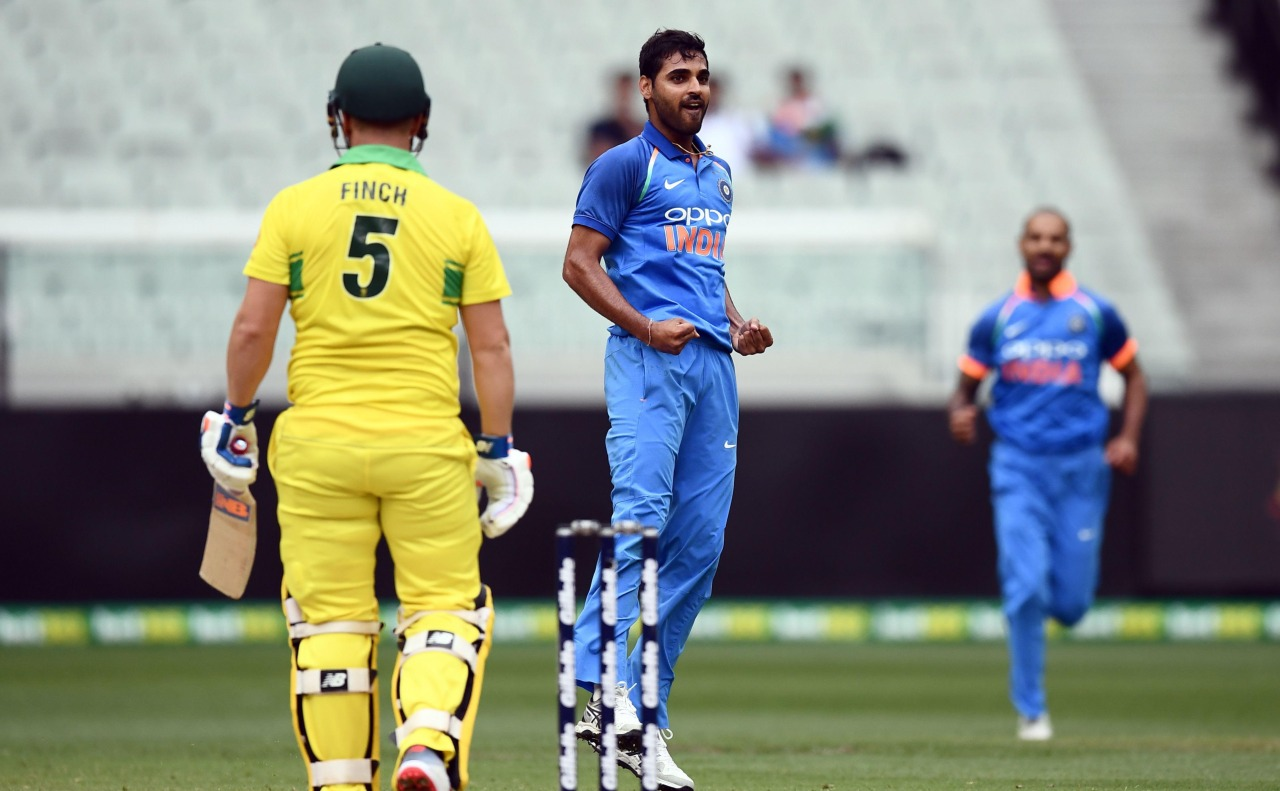 India vs Australia, 3rd ODI: How Dhoni, Bhuvneshwar plotted to get Finch out, watch here