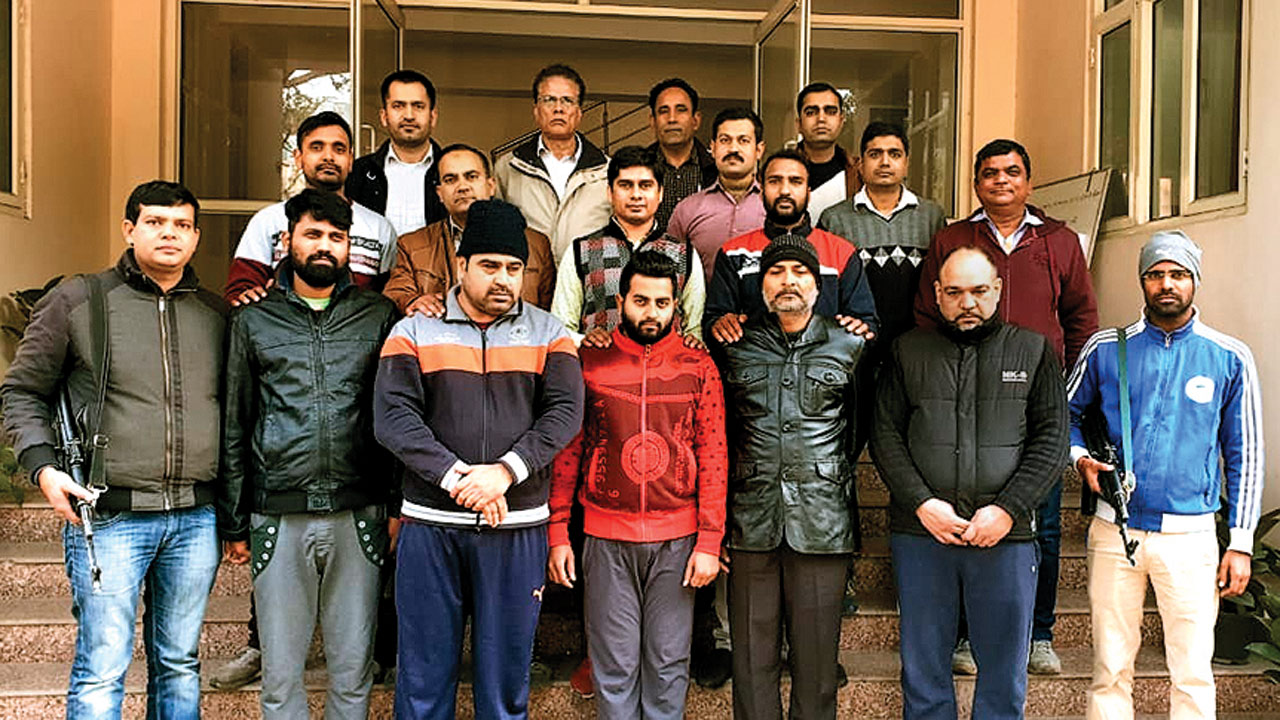 Delhi: Five persons with party drugs worth Rs 100 crore, arrested