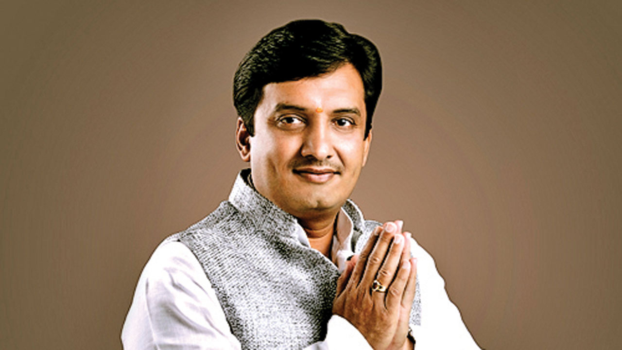 MP Dhananjay Mahadik who led crusade for better menstrual hygiene