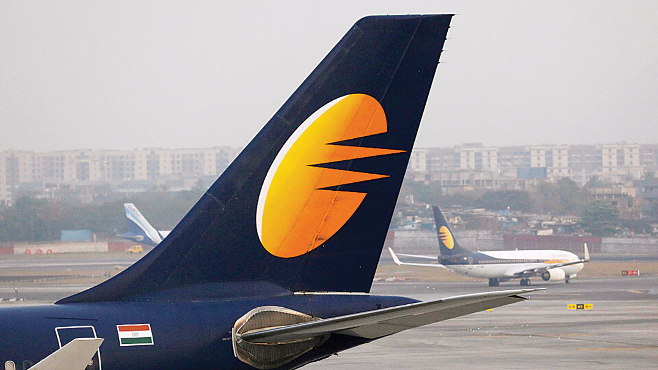 Centre steps in as Jet crisis deepens