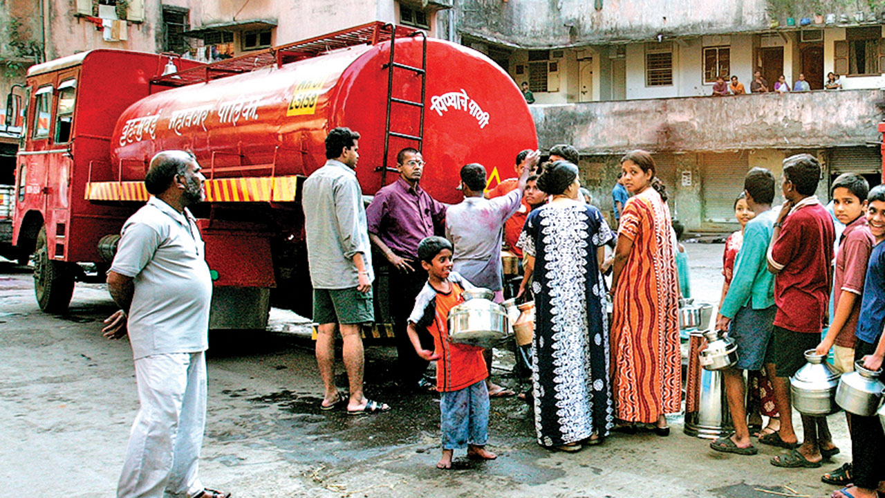 BMC chief asks assistant commissioners to monitor water plaints