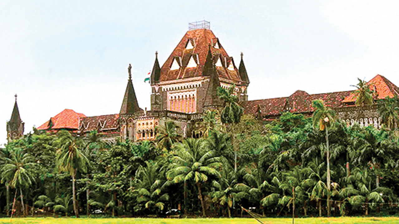 Bombay High Court quashes suicide abetment case against scribe, war vet