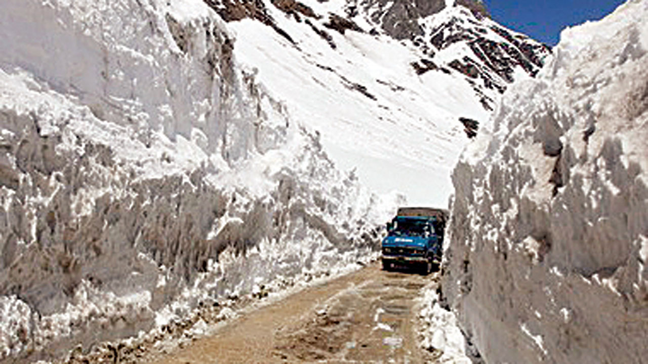 DNA EXCLUSIVE: Seven-year deadline for Zojila tunnel too 'ambitious', contractors want 10