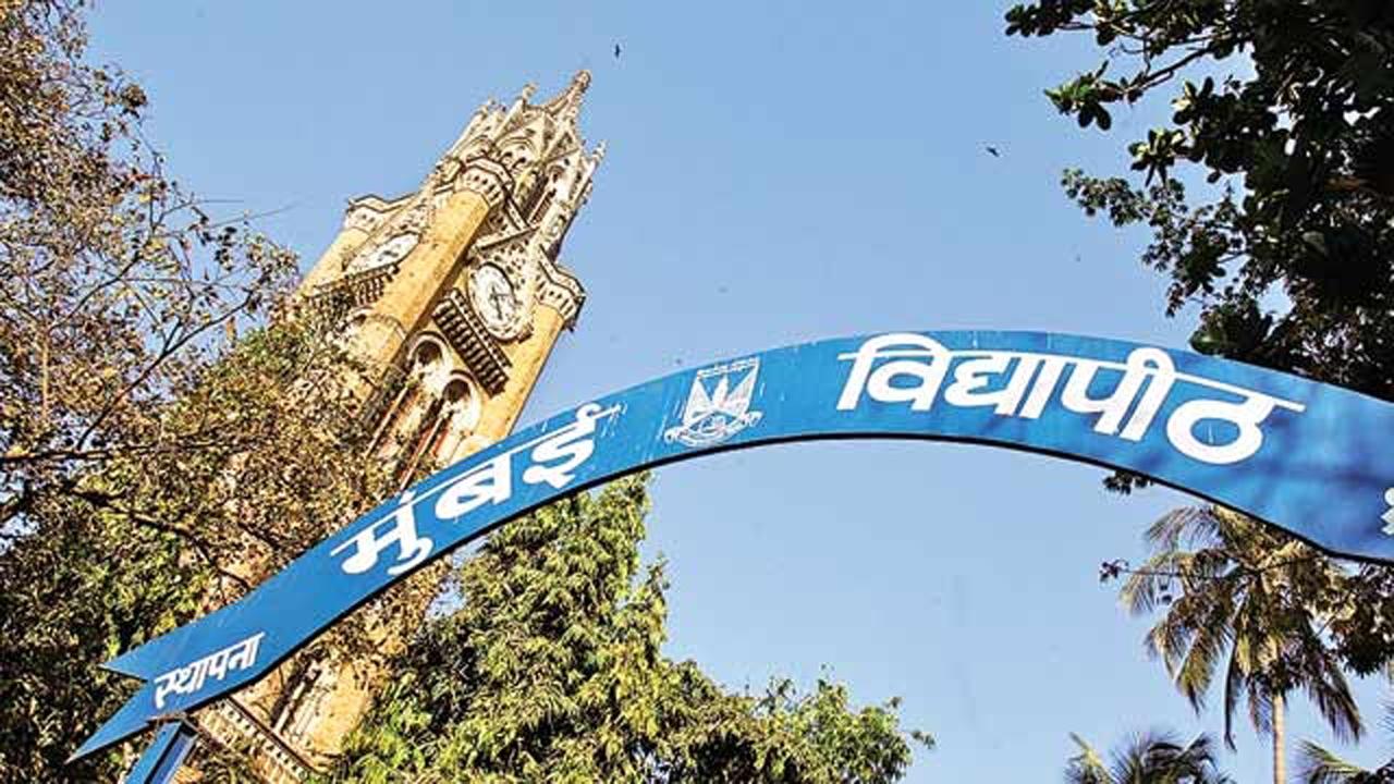 Scholarships: Students approach Mumbai University