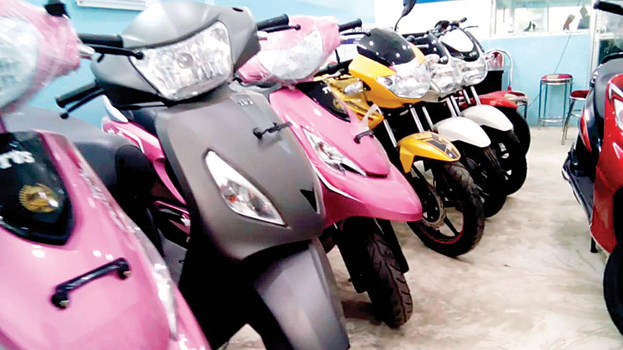 No festive lift, two-wheeler firms pin hopes on marriage season