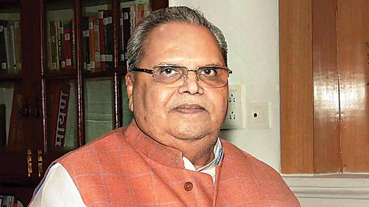 At report card meet, J Governor Satya Pal Malik's plea to 'shun violence'