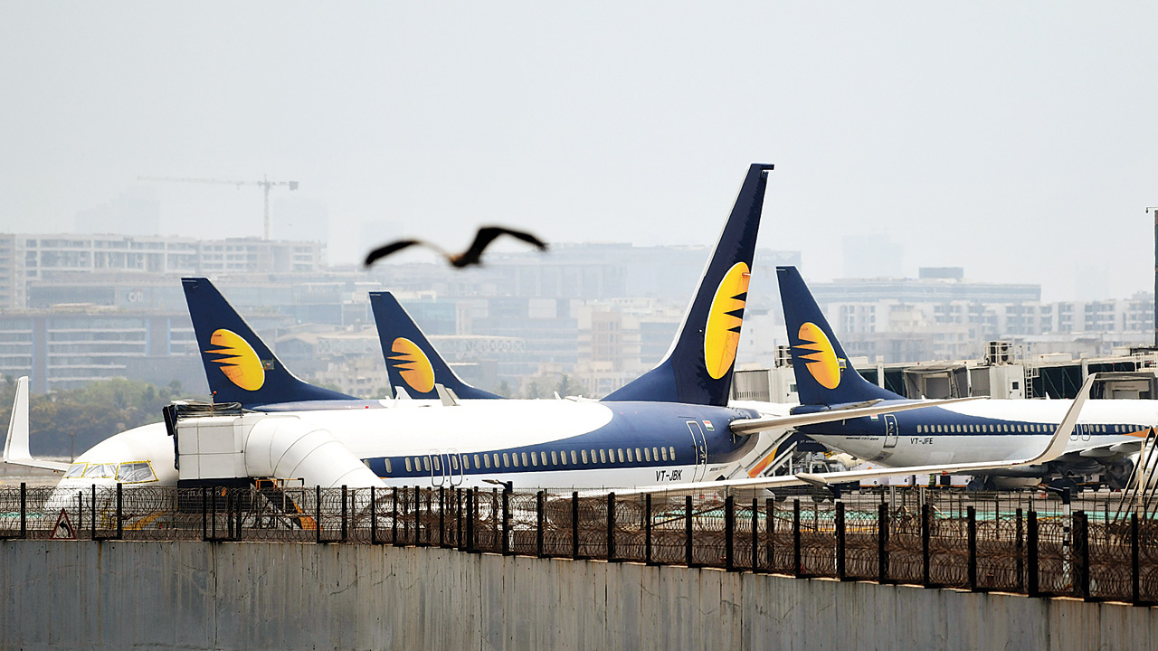 Jet Airways stock crashes 17% on trading curb