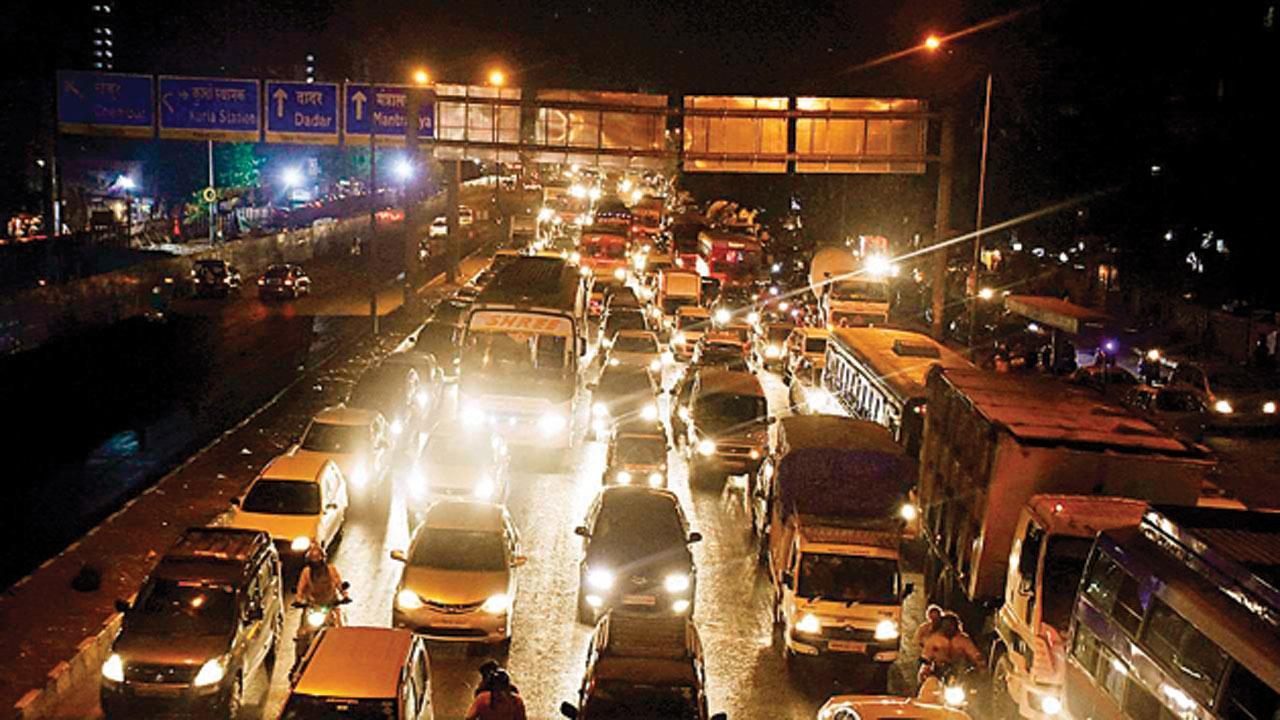 Mumbai Traffic Police turns down BMCs' proposal to shut down more bridges