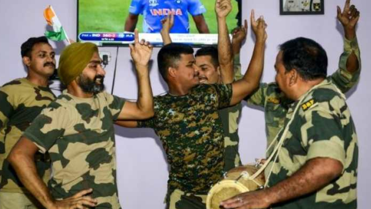 India vs Pakistan: BSF personnel dance and cheer for Team India during World Cup clash
