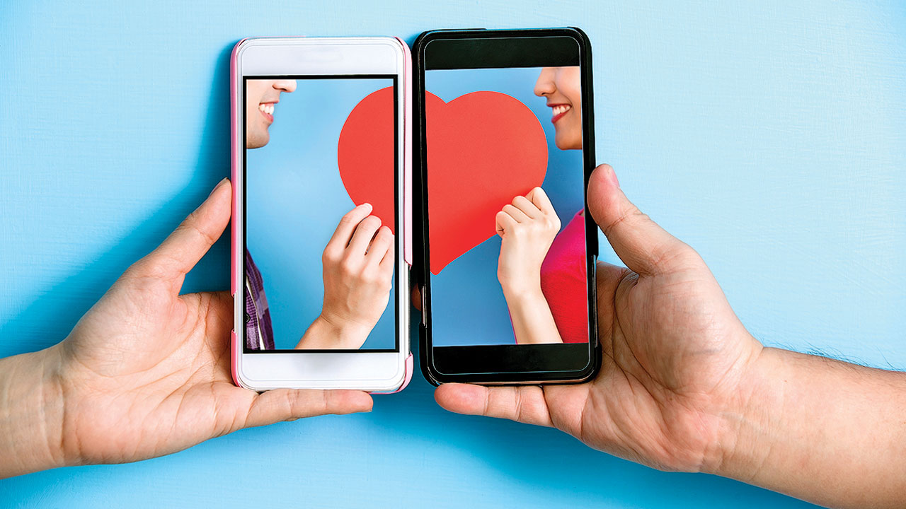 #Twingles helps you find a friend or date on social media
