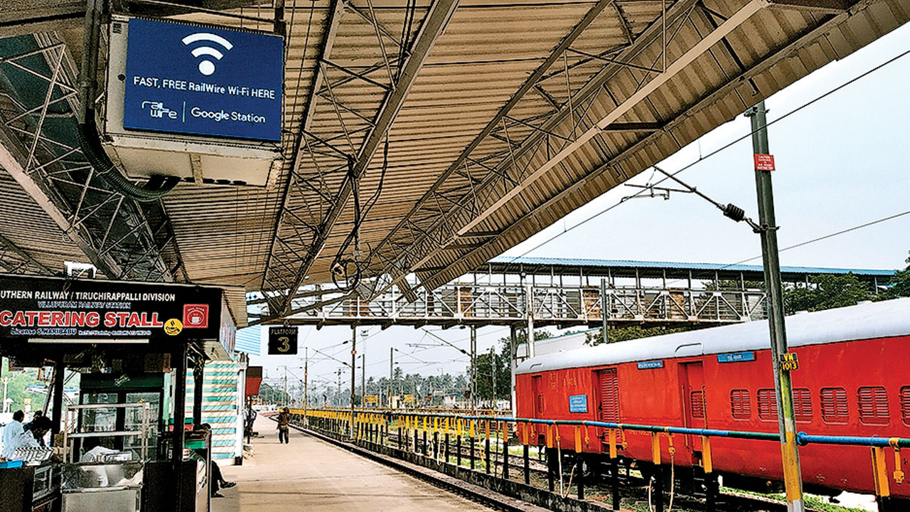 Free WiFi at 6,485 railway stations in 100 days