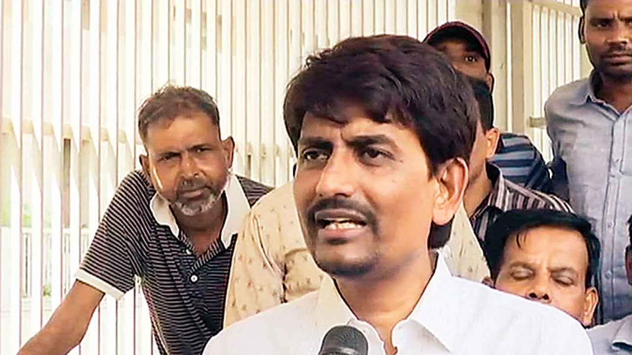 Gujarat: Jugalji Thakor's nomination may be Alpesh Thakor's end