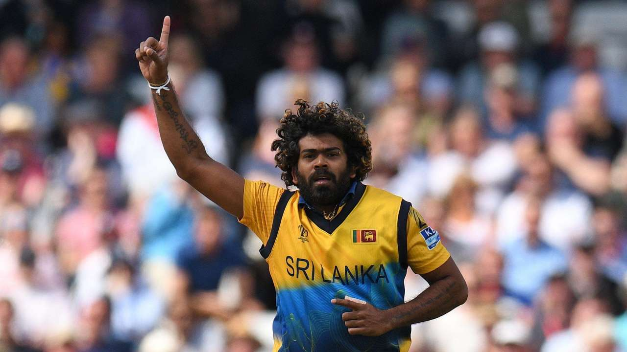 MS Dhoni should play for another one or two years: Lasith Malinga