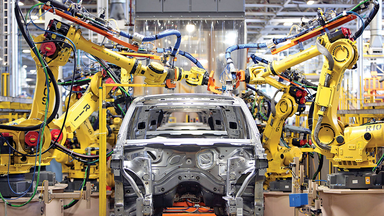 Auto firms' production cut hits bestseller models